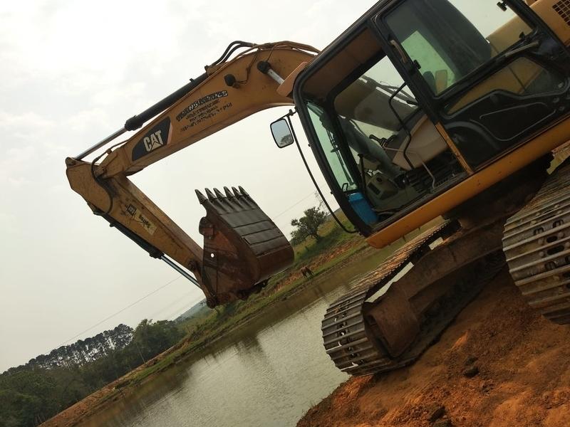 Serviço de Aluguel de Escavadeira para Trator Boituva - Aluguel de Escavadeira com Rompedor