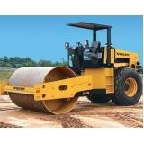 locação de rolo compactador de solo